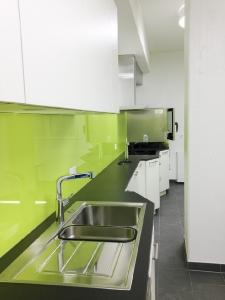 10 Pfarreiheim Küche
